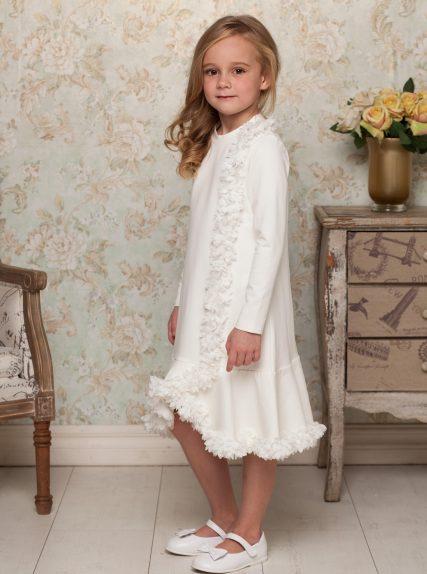 Молочное платье с цветами из капрона