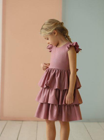 Платье из блестящей ткани розовое