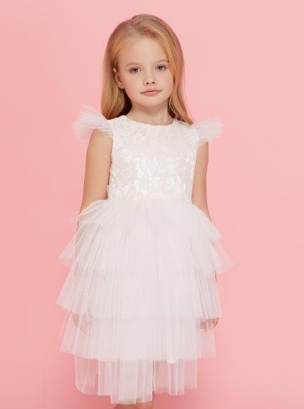 Платье из гипюра белое